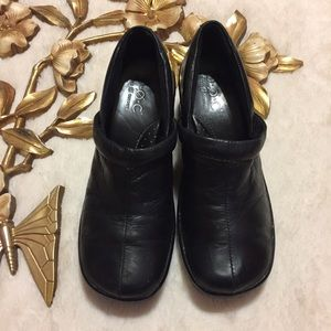 Born Black Clogs Size 7